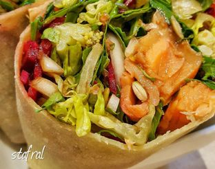 Foto - Makanan di SaladStop! oleh Stanzazone