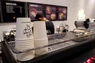 Foto 5 - Interior di Kawanan Coffee oleh yudistira ishak abrar