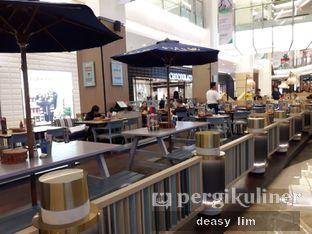 Foto 10 - Interior di Fish & Co. oleh Deasy Lim