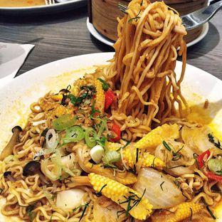 Foto 2 - Makanan(Tom Yum Noodle) di Hong Kong Cafe oleh Magdalena Fridawati