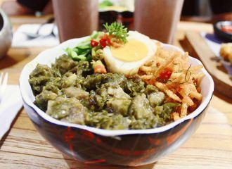 8 Tempat Makan Baru di Bandung yang Wajib Kamu Coba Sekarang
