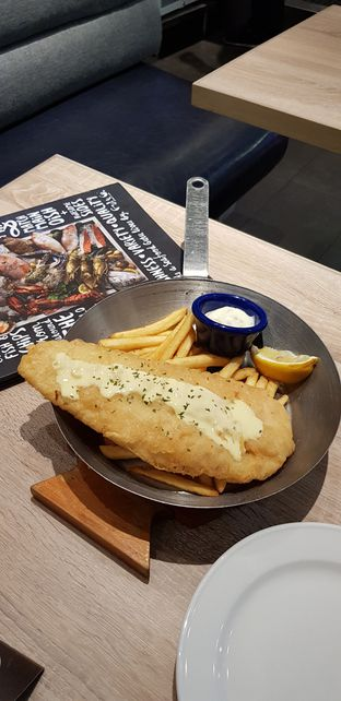 Foto - Makanan di Fish & Co. oleh IG: FOODIOZ