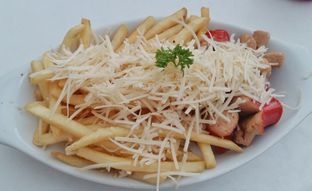 Foto review Little White Cafe oleh Inggie Sulastianti 1