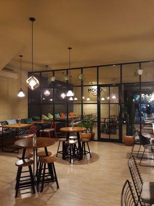 Foto 5 - Interior di Mood Coffee oleh Mouthgasm.jkt
