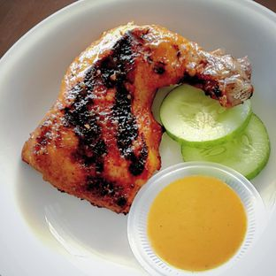 Foto 1 - Makanan di Ayam Pedos oleh Steven Jie