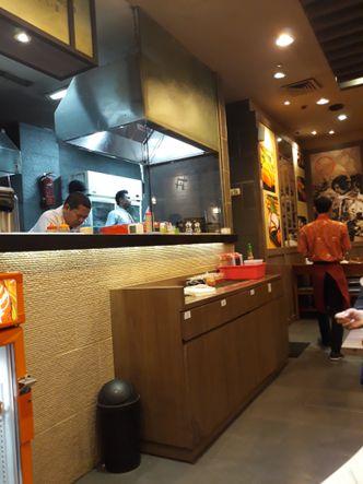 Foto Interior di Ichiban Sushi