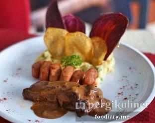 Foto review Resto Teras Istana oleh @foodiaryme | Khey & Farhan 2