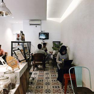Foto 11 - Interior di SAYA Kopi oleh Della Ayu