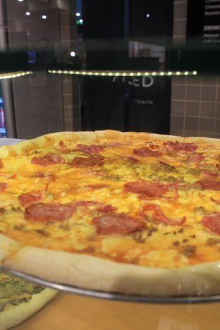 Foto 12 - Makanan di Sliced Pizzeria oleh Prido ZH