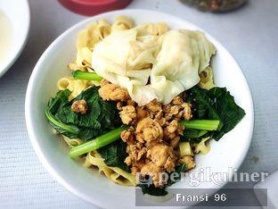 Foto 2 - Makanan di Bakmi Ayam Popi oleh Fransiscus
