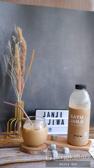 Foto 2 - Makanan di Kopi Janji Jiwa oleh Deasy Lim