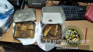 Foto 3 - Makanan di Martabak Bandung Jaya oleh Mich Love Eat