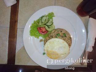 Foto 3 - Makanan(Nasi Goreng Hongkong) di Bon Ami Restaurant & Bakery oleh #alongnyampah