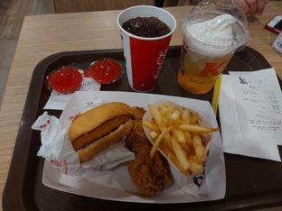 Foto review KFC oleh Risyah Acha 1