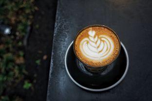 Foto 3 - Makanan(Hot Cappuccino) di Common Grounds oleh Fadhlur Rohman