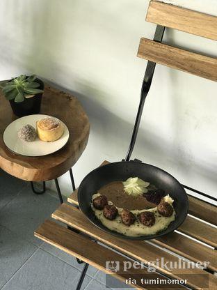 Foto 2 - Makanan di Stockholm Syndrome oleh riamrt