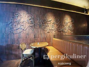 Foto 4 - Interior di FLYNN Dine & Bar oleh Icong