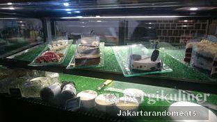 Foto 9 - Interior di Journey Coffee oleh Jakartarandomeats