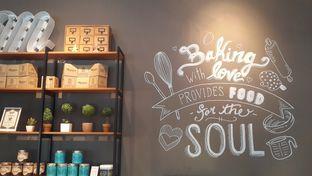 Foto 2 - Interior(Interior Design) di Lula Bakery & Coffee oleh Rinni Kania