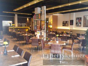 Foto 8 - Interior di Chimney's oleh Tirta Lie