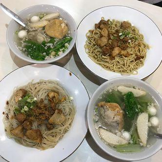 Foto Makanan di Bakmi Ahiung Khas Jambi