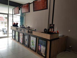 Foto 9 - Interior di The Koffee Bar oleh D L