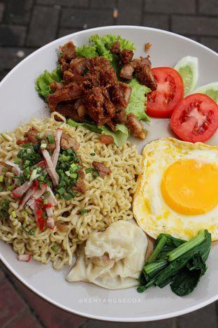 Foto 3 - Makanan di Mie Ayong Siantar oleh vionna novani