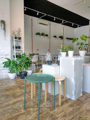 Foto 6 - Interior di Toko Kopi Roompi oleh Ika Nurhayati