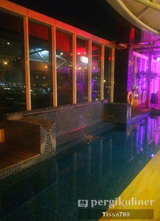Foto 6 - Interior di Karumba Rooftop Rum Bar oleh Tissa Kemala