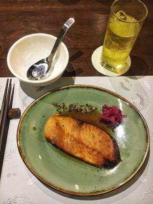 Foto 5 - Makanan(Salmon Teriyaki) di Tokijiro oleh Fadhlur Rohman
