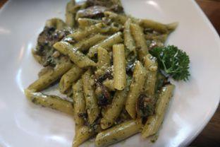 Foto 1 - Makanan di Belle's Kitchen oleh Gabriel Makaoge