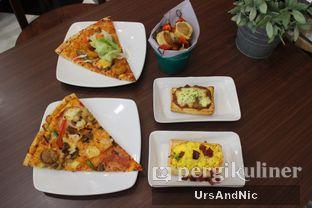 Foto 9 - Makanan di The Kitchen by Pizza Hut oleh UrsAndNic