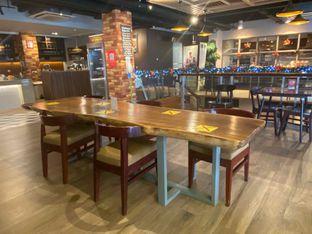 Foto 9 - Interior di Indoguna Gourmet oleh feedthecat