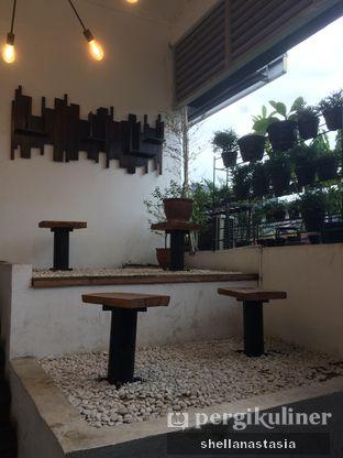 Foto 3 - Interior di Kowok Coffee & Gallery oleh Shella Anastasia