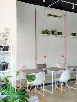 Foto 7 - Interior di Toko Kopi Roompi oleh Ika Nurhayati
