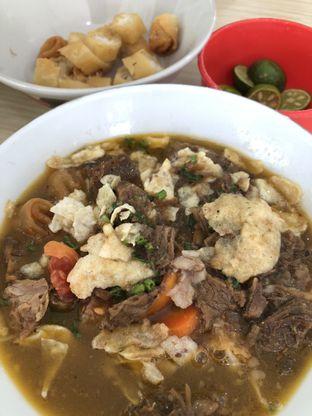 Foto 1 - Makanan(Soto mie regular) di Soto Mie Sawah Lio oleh Claudia @grownnotborn.id