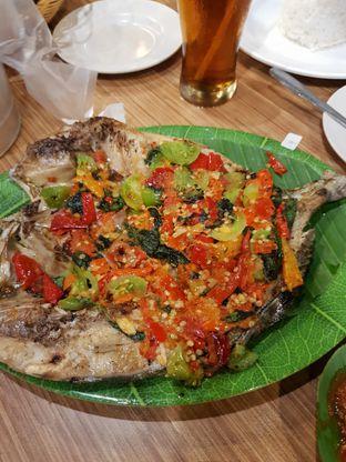 Foto 1 - Makanan di Pondok Ikan Bakar Ujung Pandang oleh Ken @bigtummy_culinary