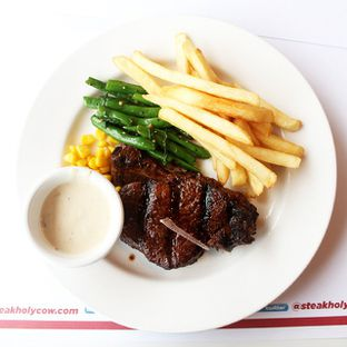 Foto review Holycow! STEAKHOUSE by Chef Afit oleh Airin Sherry 3