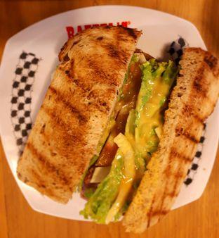 Foto 2 - Makanan di Raffel's oleh Yustina Meranjasari