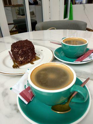 Foto 4 - Makanan di Eighteen Pies oleh abigail lin