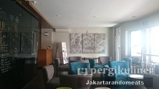 Foto 6 - Interior di Workroom Coffee oleh Jakartarandomeats