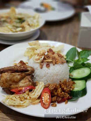 Foto 3 - Makanan(Nasi Uduk Ayam) di Kafe Betawi oleh JC Wen