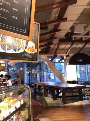Foto 6 - Interior di Lumine Cafe oleh Mitha Komala