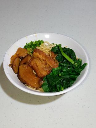 Foto 5 - Makanan di Bakmie Oink oleh Christ the Eater