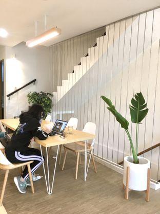 Foto 30 - Interior di Aiko Coffee oleh Prido ZH