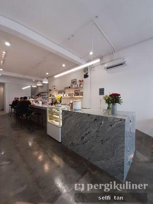 Foto 3 - Interior di Ratio Coffee Brewers oleh Selfi Tan