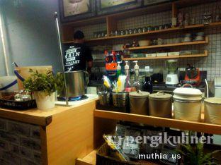Foto 9 - Interior di Roti Gempol & Kopi Anjis! oleh Muthia US