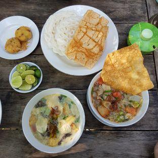 Foto 1 - Makanan di Kedai Soto Ibu Rahayu oleh Endra A.H