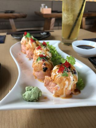 Foto 1 - Makanan di Sushi Phe oleh Mitha Komala
