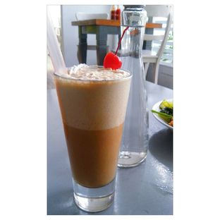 Foto 8 - Makanan(Creamy Caramel Frape) di Le Marly oleh Novita Purnamasari